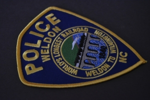 Weldon police seek two in store heist
